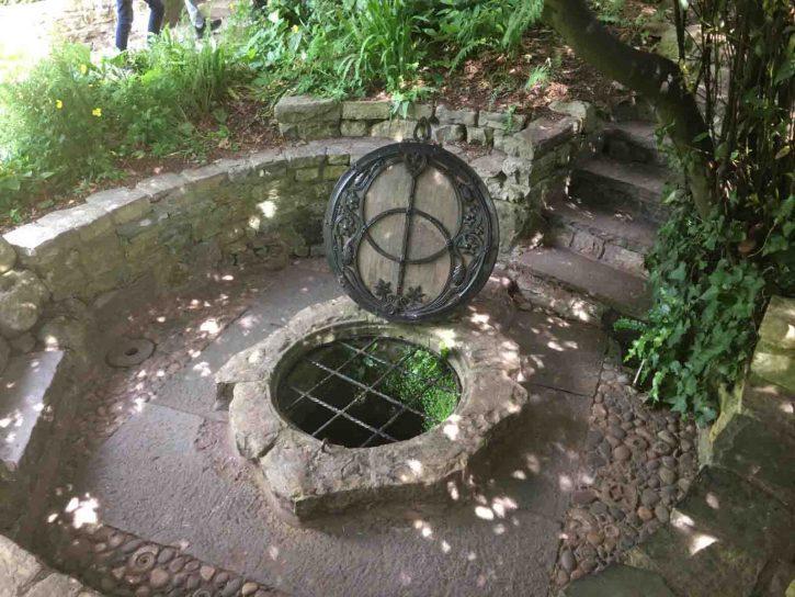 Lichtgidsen Glastonbury Chalice Well